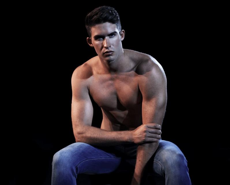 homme musclé muscle