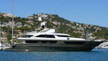 yacht - Erwin Drews
